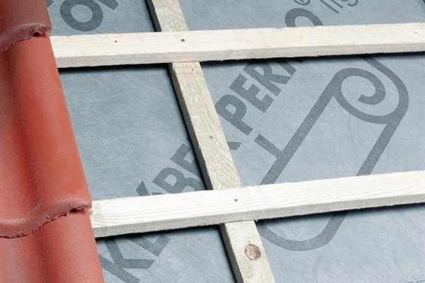Which Roofing Underlay Do I Need Non Breather Or Breathable Membrane Roofinglines